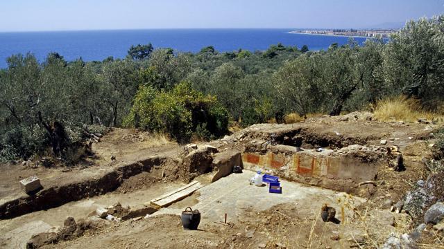Altınoluk Antandros Antik Kentindeki kazıların yıl boyu süreceği açıklandı