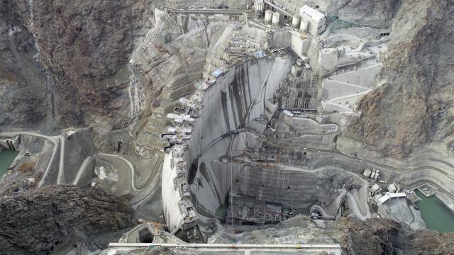 Yusufeli Barajı gövde inşaatının yüzde 96sı tamamlandı