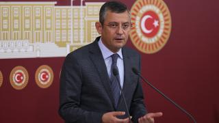 Özgür Özel, CHP'yi eleştiren milletvekilleriyle görüştü