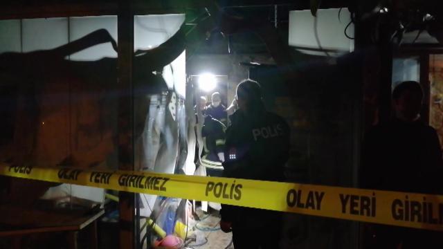 Kuşadasında evde çıkan yangında bir kişi öldü