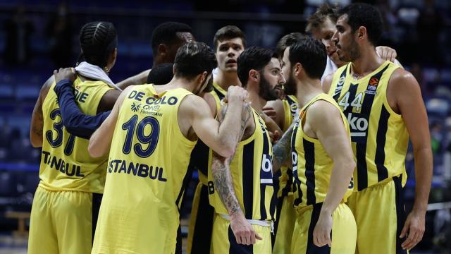 Fenerbahçe Beko Rusyada farklı kazandı