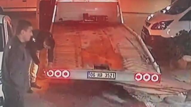 Gasp ettikleri otomobile benzin yerine mazot koyan şüpheliler yolda kaldı