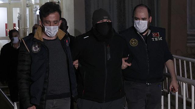 İstanbulda 13 adrese DEAŞ operasyonu: 9 gözaltı