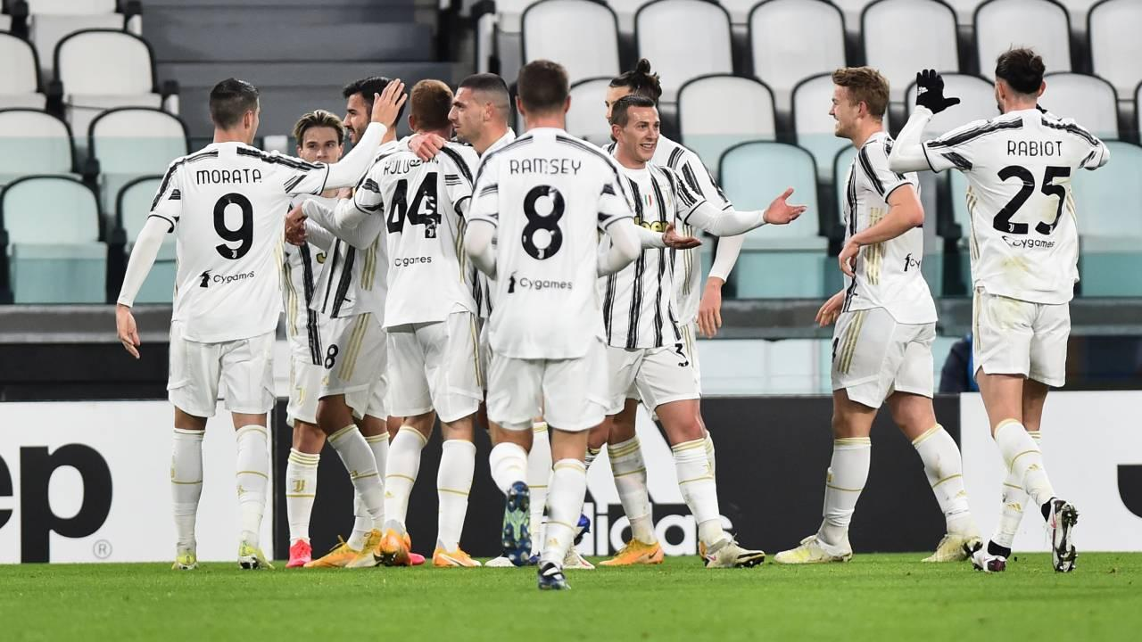 Juventus'ta ev partisi yapan 3 oyuncu kadro dışı - Son Dakika Haberleri
