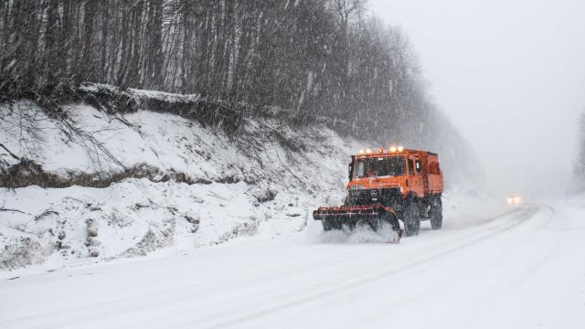 Kar etkisini gösterdi, ulaşımda zor anlar yaşandı