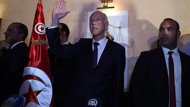 Tunus Cumhurbaşkanı Saide suikast girişimi: Şüpheli zarfı açan kişi görme kaybına uğradı