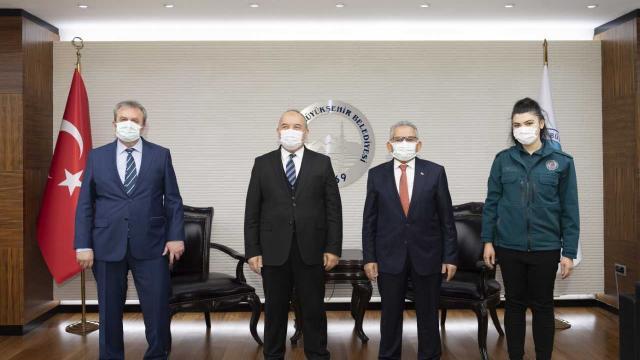 Kayseri Gümrük Müdürü Salim Bayram, Başkan Büyükkılıçı ziyaret etti