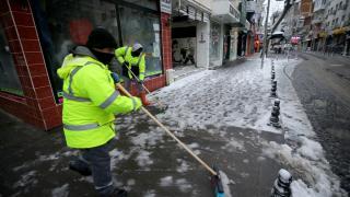 """""""Turuncu"""" uyarı verilen Kırklareli'nde kar yağışı etkili oluyor"""