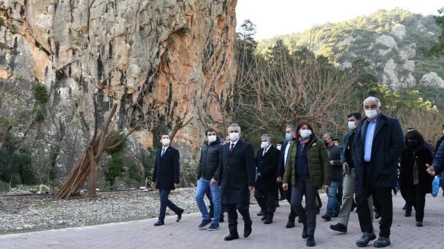 Kültür ve Turizm Bakanı Mehmet Nuri Ersoy, Olimposu ziyaret etti
