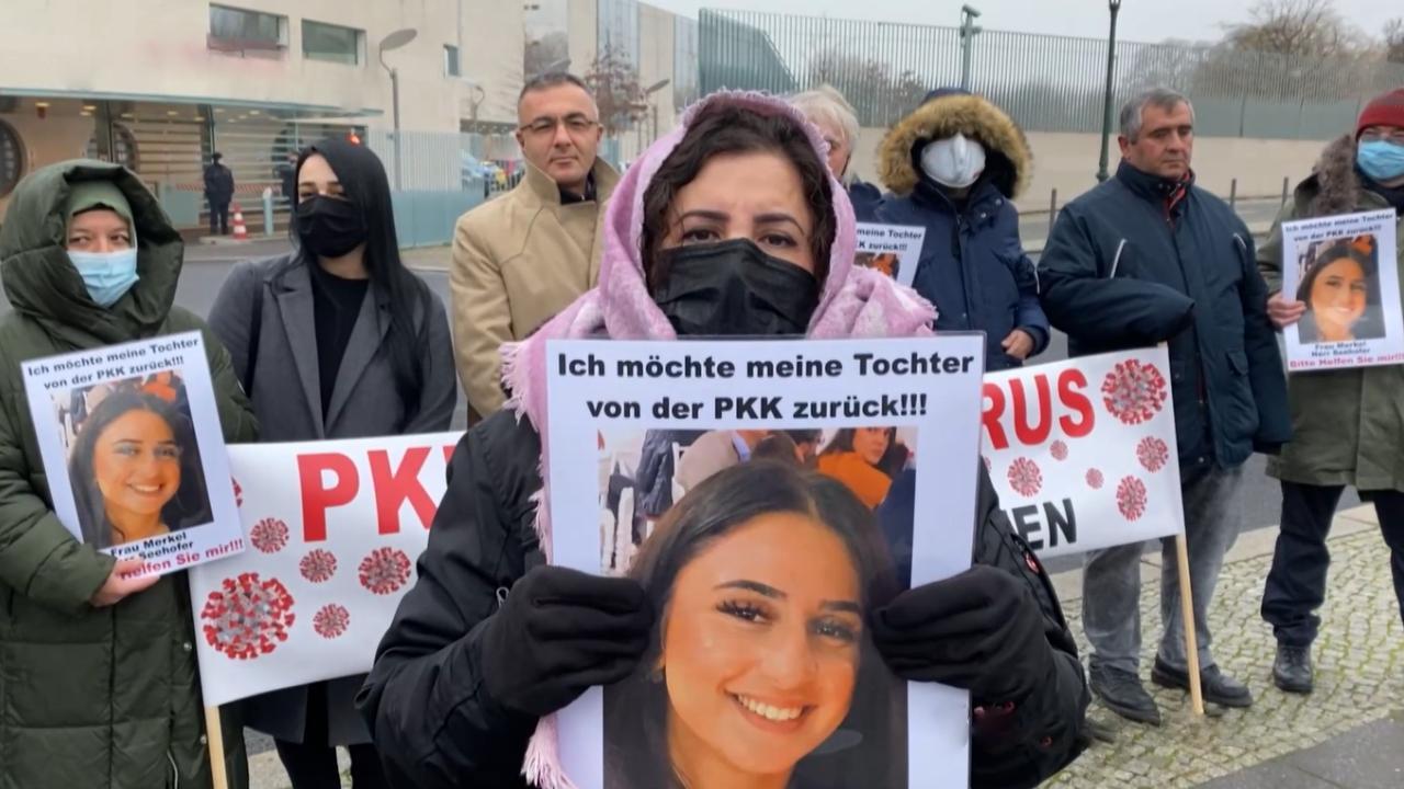 Berlin'deki 'Diyarbakır annesi': Beni hedefimden vazgeçiremezler