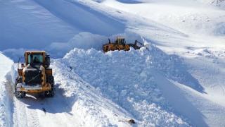 Muş'ta kar kalınlığı 8 metreyi aştı