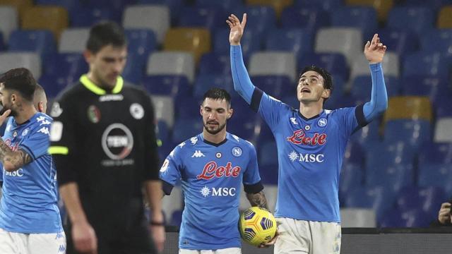 İtalya Kupasında Napoli yarı finale yükseldi
