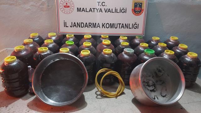 Malatyada 800 litre sahte içki ele geçirildi, 2 şüpheli yakalandı