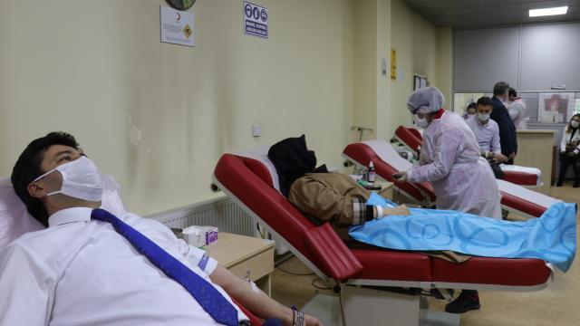 Sakarya Uygulamalı Bilimler Üniversitesi kan bağışı kampanyası başlattı