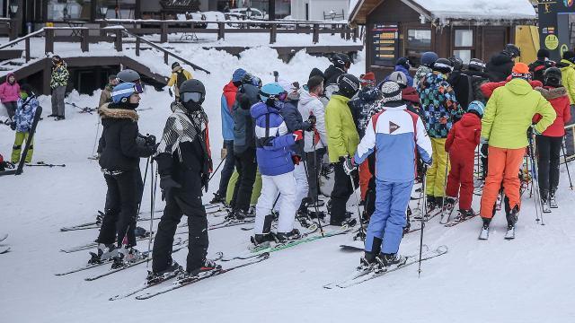 İçişlerinden kayak otelleri genelgesi: Parti ve eğlence yapılmayacak