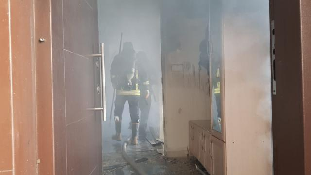 Edremitte bir evde yangın çıktı