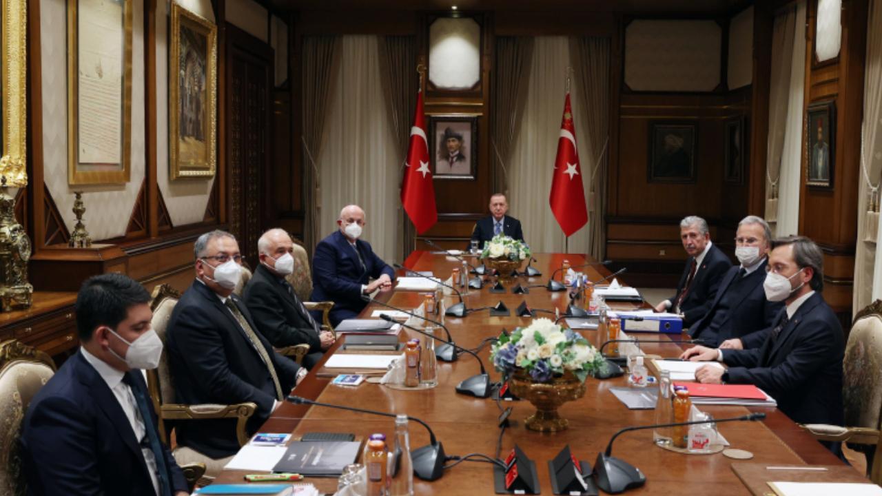YİK toplantısında Batı'daki İslam düşmanlığı ele alındı