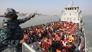 Bangladeş, Arakanlı Müslümanları Bhasan Char Adası'na gönderdi