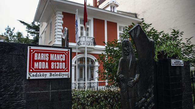Barış Manço ölümünün 22. yılında anılıyor