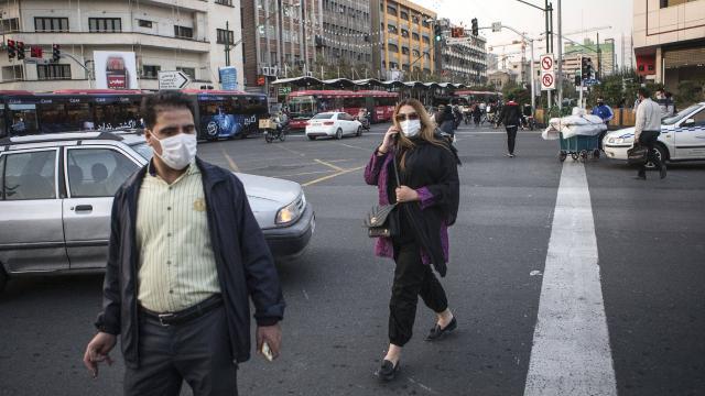 İrandan Avrupa yolcuları için zorunlu karantina kararı