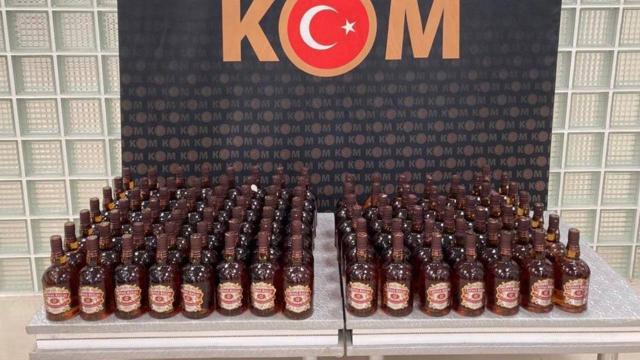 Manisada 175 şişe kaçak içki ele geçirildi
