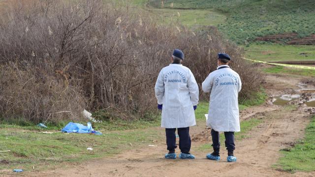 Hayvanlarını otlatırken boğanın saldırısına uğrayan kadın öldü