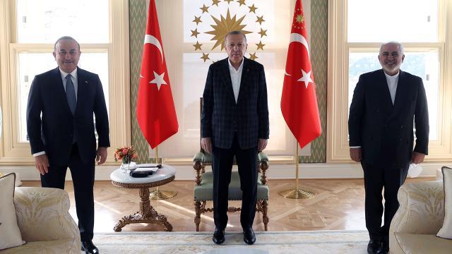 Cumhurbaşkanı Erdoğan İran Dışişleri Bakanı Zarifi kabul etti
