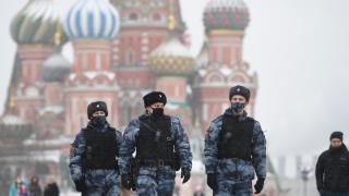 Moskova'da koronavirüs nedeniyle kısmi kapanma başladı