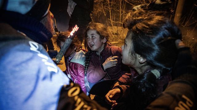 Yunanistanın sığınmacı tutumu UCMye taşındı