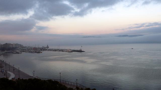 Çanakkale Boğazı çift yönlü gemi geçişlerine kapatıldı