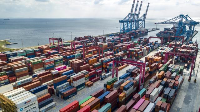 Türkiyenin ihracatı arttı ithalatı azaldı