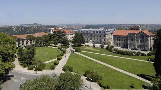 Boğaziçi Üniversitesi Rektörlüğünden darbe imalı bildiriye tepki