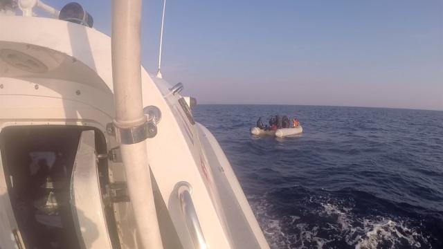 İzmirde 123 sığınmacı kurtarıldı