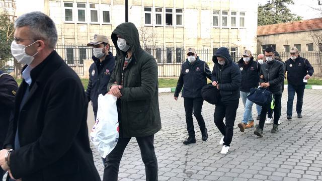 Samsun merkezli 4 ildeki FETÖ/PDY operasyonunda yakalanan 10 kişi adliyeye sevk edildi