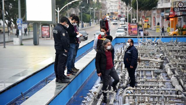 Antalyada süs ve gösteri havuzunun 135 fıskiyesi çalındı