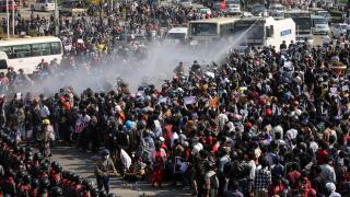 Güney Kore, Myanmar'daki polis müdahalelerini kınadı
