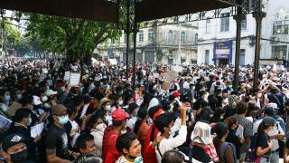 Myanmar'da askeri darbe protestoları sürüyor