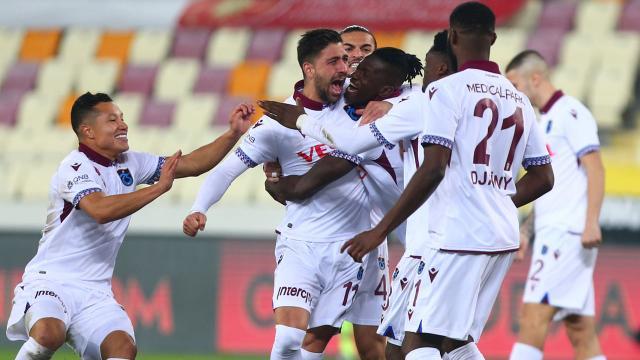 Trabzonspor seriler eşliğinde zirveye yürüyor