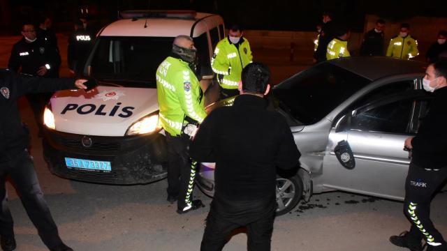 Dur ihtarına uymayan alkollü sürücü, polisten kaçamadı