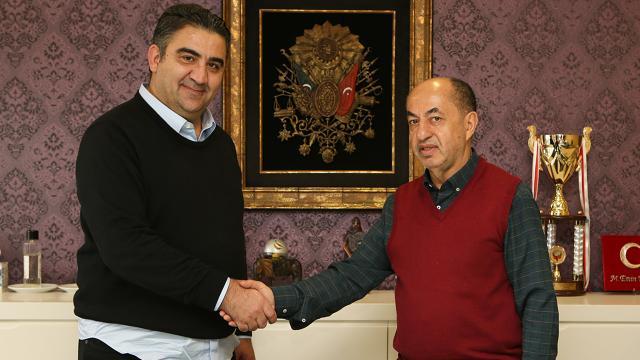 Ankaraspor, Ümit Özat ile 1,5 yıllığına anlaştı