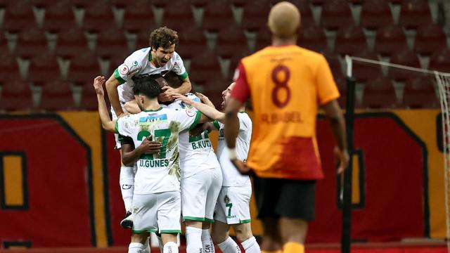 Alanyaspor Galatasarayı eleyerek yarı finalde