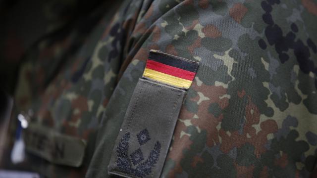 Litvanyada görevli 30 Alman asker, ırkçılık ve taciz iddiaları nedeniyle geri çekildi
