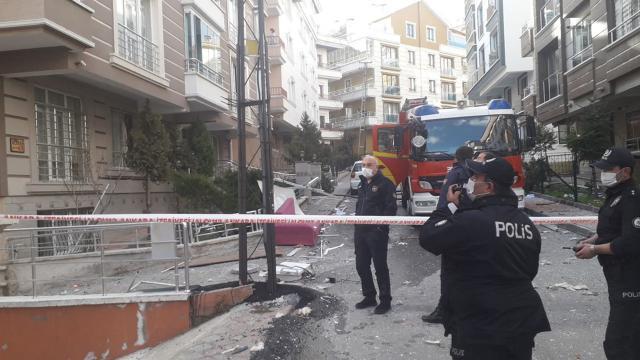 Ankarada 3 katlı apartmanda patlama