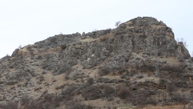 Defineciler Helenistik çağdan kalma kaleyi tahrip etti