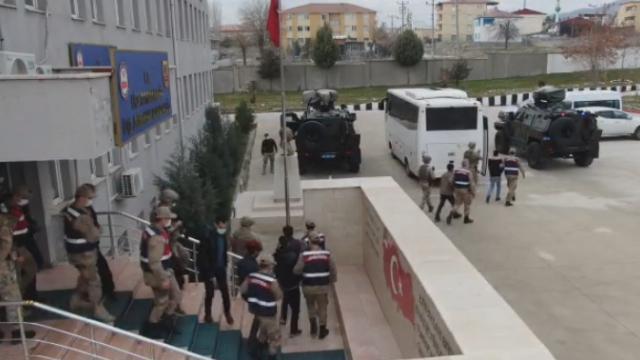 Diyarbakırda narko-terör operasyonu: 16 gözaltı