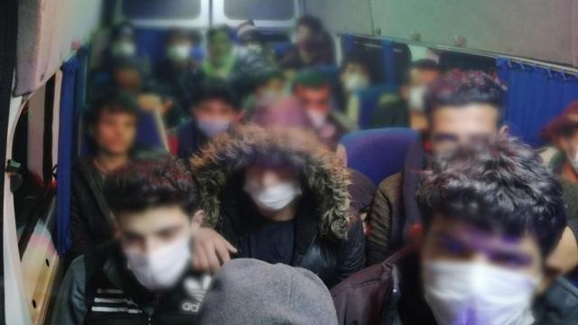 Eskişehirde 63 düzensiz göçmen yakalandı
