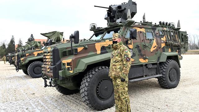 Türk zıhlısı Ejder Yalçının Macaristana ilk teslimatı yapıldı
