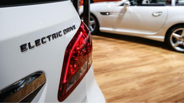 2032ye kadar binek araçların yarısı elektrikli olacak