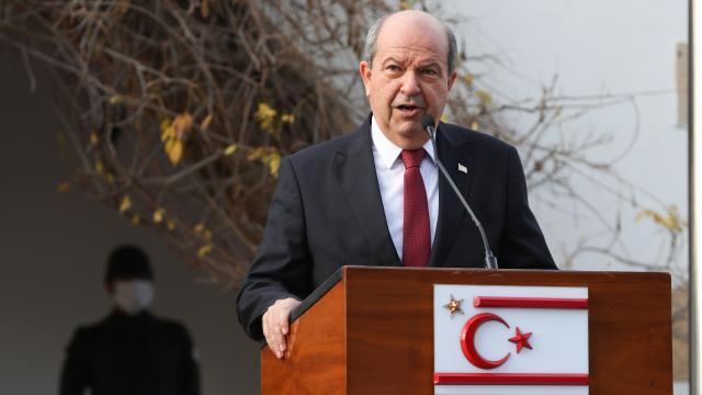 Ersin Tatar New Yorka gitti: Türkiye ile bağları koparacak bir oluşuma asla girmeyeceğiz