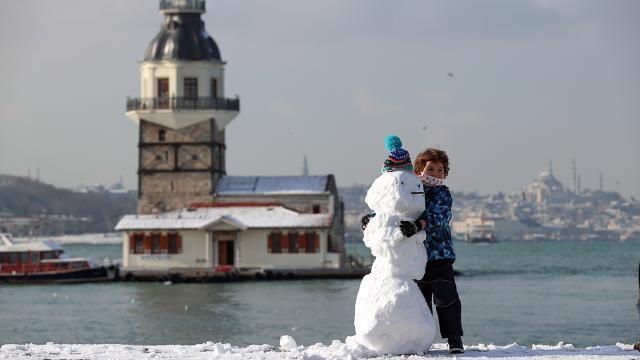 Meteoroloji uyardı: İstanbul ve Ankaraya kar geliyor